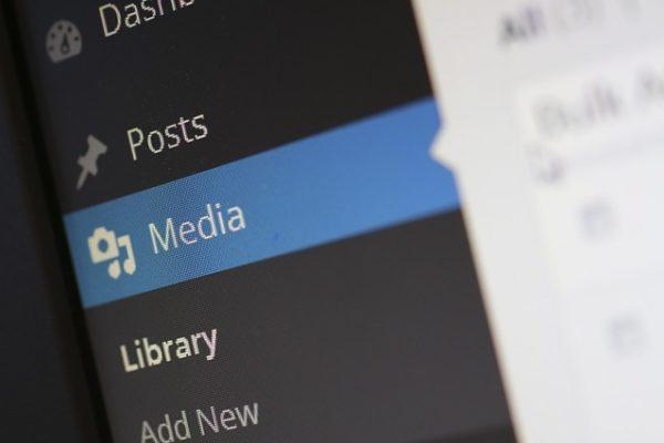 Confronta le velocità di download e upload