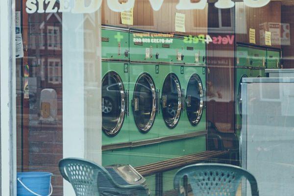 Tecnico riparatore elettrodomestici come lavatrici