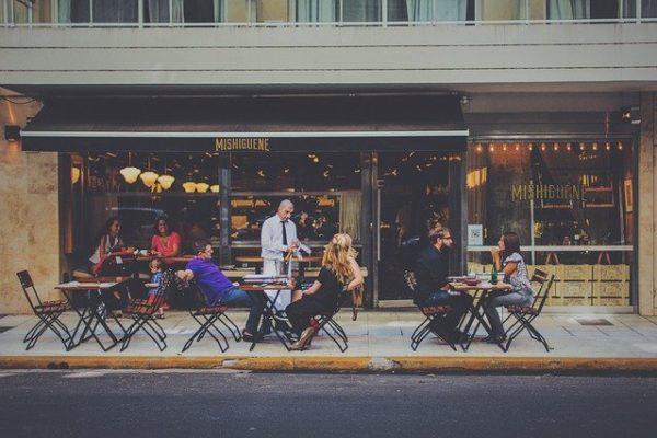 Come scegliere un ristorante servizio
