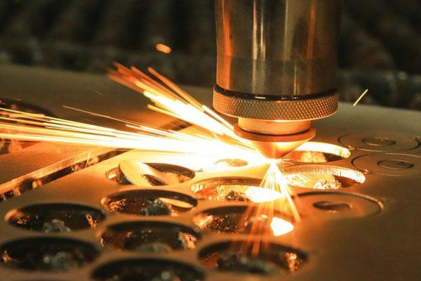 come scegliere il processo di marcatura laser