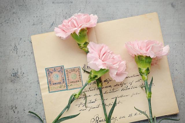 cosa succede se invio una lettera senza francobollo